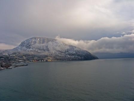 гора Аю-даг в снегу